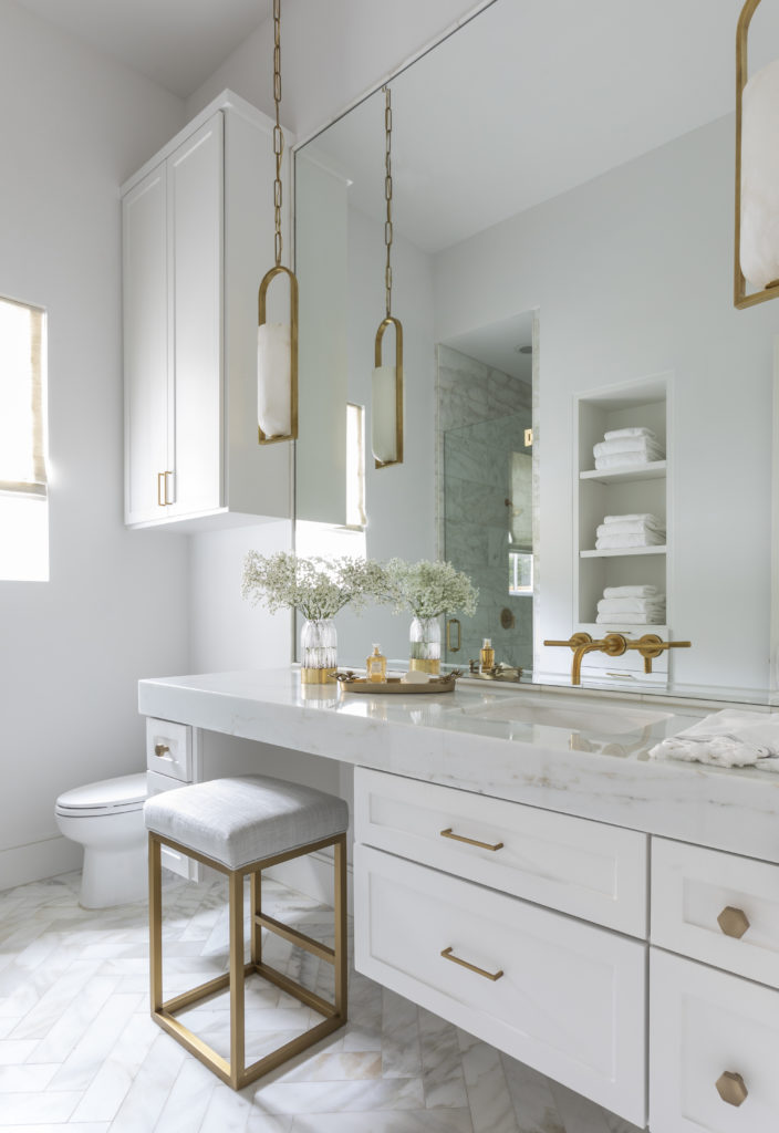 Pendants in a Marie Flanigan designed bathroom